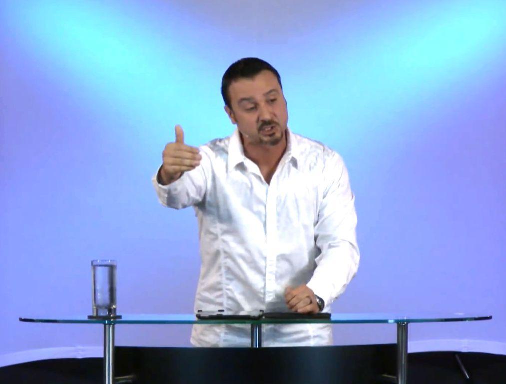 """Пастор Андрей Шаповалов Тема: """"Духовное размножение"""" (Январь 18, 2015)"""